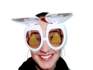 toilet glasses1